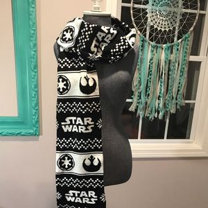 NWOT Star Wars Scarf